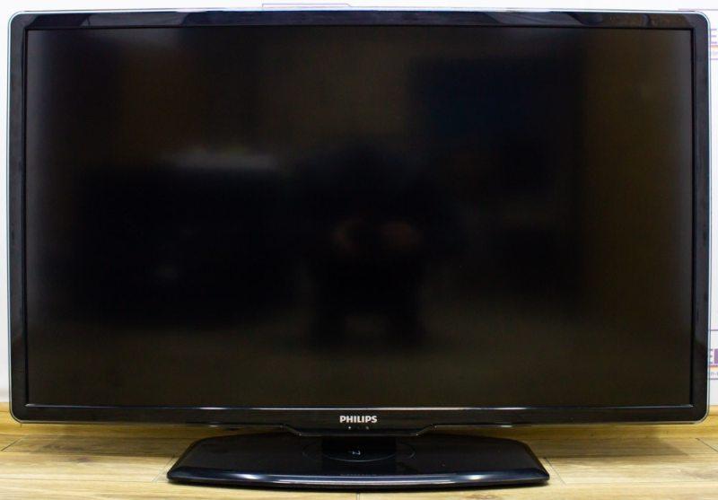 Телевизор Philips 47PFL7404H12
