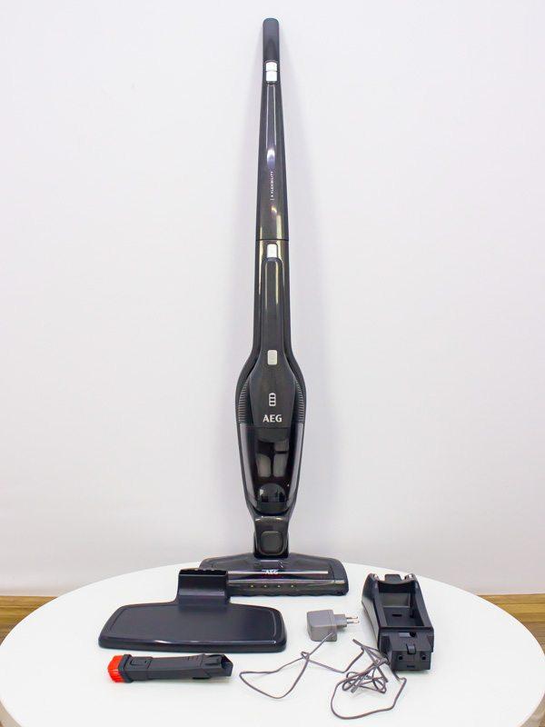 Пылесос вертикальный AEG CX7 2 35FF LPNHK033028040