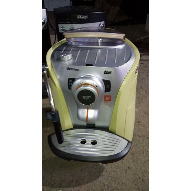 Кофе машина Saeco SUP0310