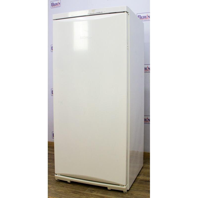 Морозильный шкаф Miele FN 4492 S no frost