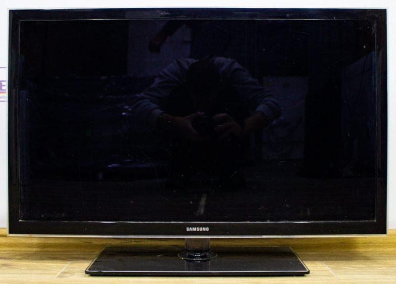 Телевизор Samsung UE37D5000 - 1