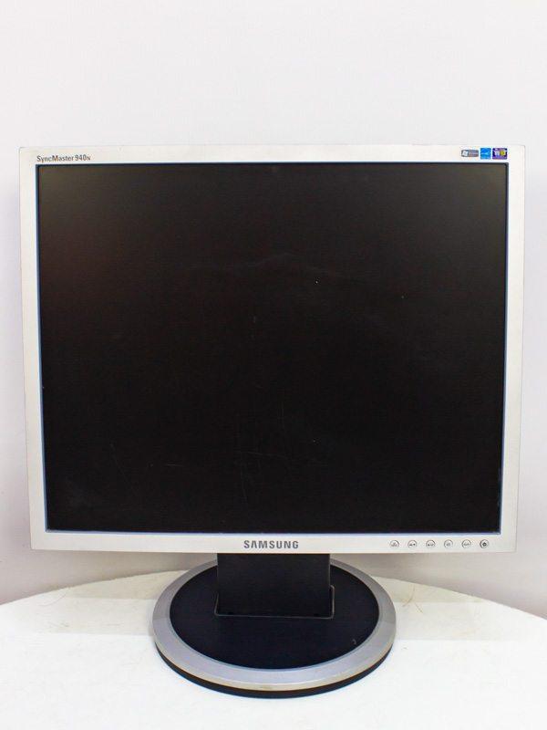 Монитор Samsung 19 940N