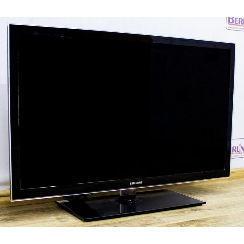 Телевизор 37 Samsung UE37D5000PW