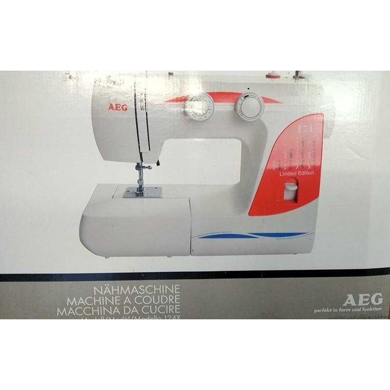 Швейная машина AEG большая 26 программ 124х