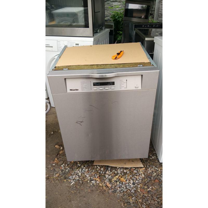 Посудомоечная машина MIELE G1554SCi