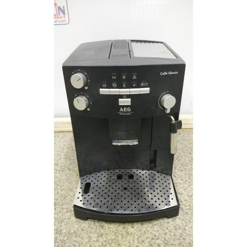 Кофе-машина AEG Coffe Silenzio CS 5000