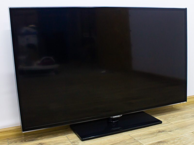Телевизор Samsung UE46ES5700S