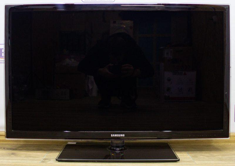 Телевизор Samsung UE40D5700RS