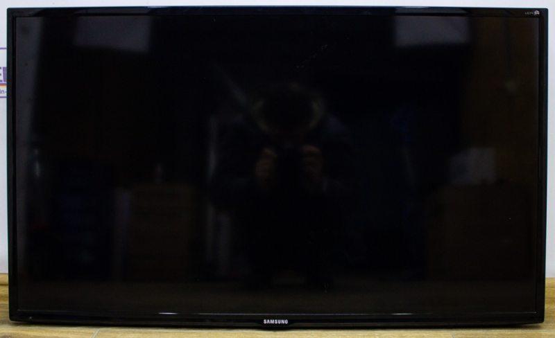 Телевизор 40 Samsung UE40EH6030W