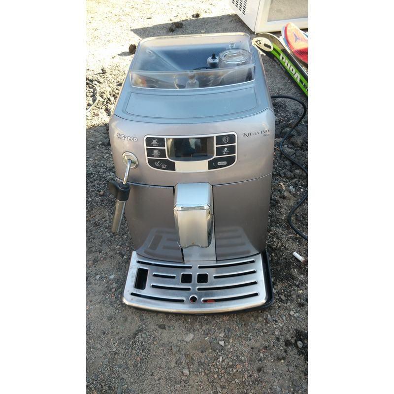 Кофе-машина SAECO INTELIA EVO BELLA HD 8770