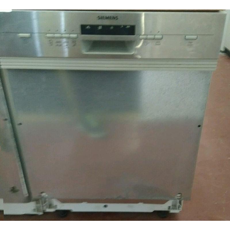 Посудомоечная машина Siemens SN54M582EX