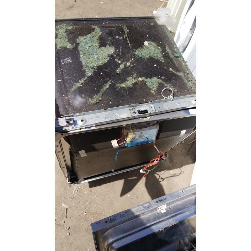 Посудомоечная машина       Siemens SN66MO98EU-73 9306 от стоящ