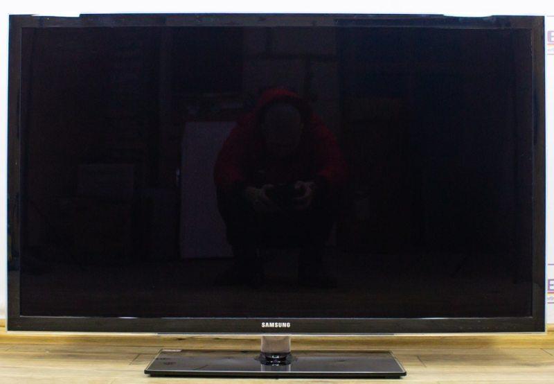 Телевизор 46 Samsung UE46D5000PW